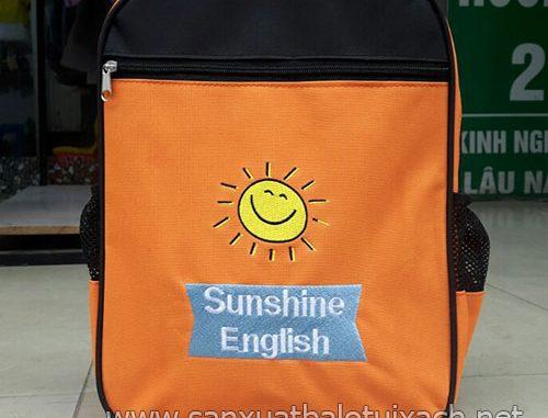 Sản xuất balo quà tặng học sinh Sunshine English